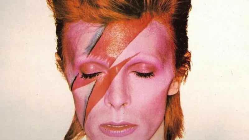 """Apprendre l'anglais en musique : Bowie – """"Space Oddity""""."""